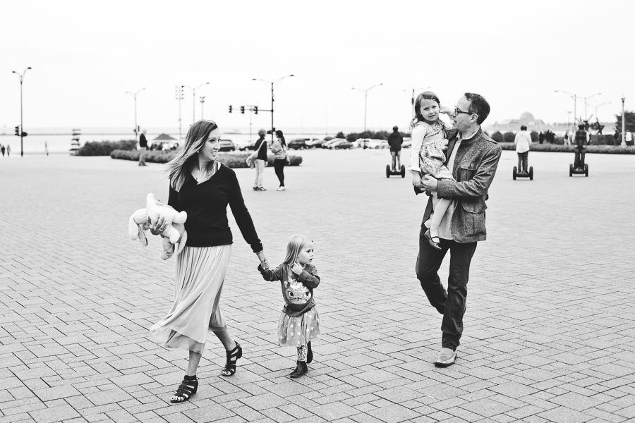 Chicago Family Photography Session_Buckingham Fountain_Haase_35.JPG