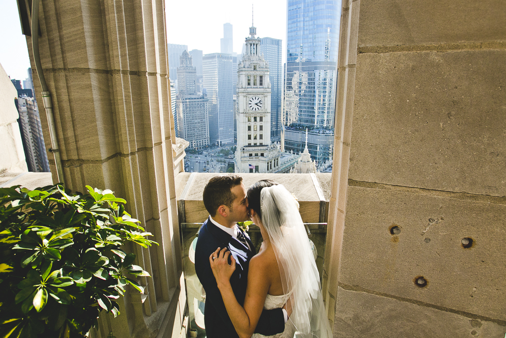 Chicago Wedding Photographer_Tribune Tower Crown_Howls & Hood_JPP Studios_B&J_041.JPG