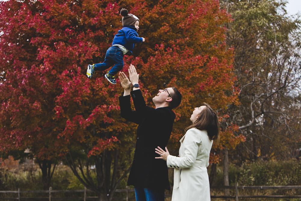 Chicago Family Photographer_winter_autumn_session_lincoln square_winnemac park_JPP Studios_t_02.JPG