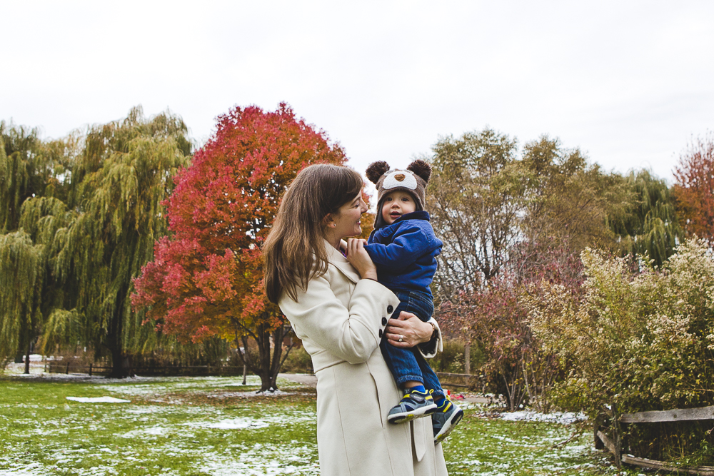 Chicago Family Photographer_winter_autumn_session_lincoln square_winnemac park_JPP Studios_t_03.JPG