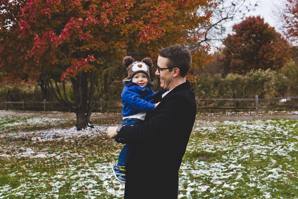 Chicago Family Photographer_winter_autumn_session_lincoln square_winnemac park_JPP Studios_t_05.JPG