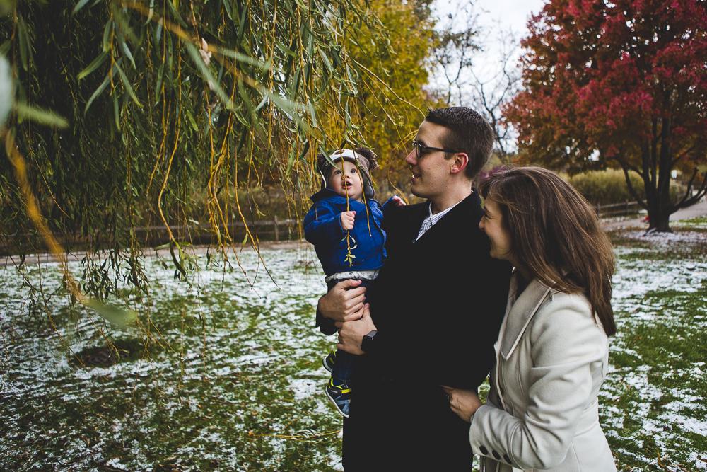 Chicago Family Photographer_winter_autumn_session_lincoln square_winnemac park_JPP Studios_t_08.JPG