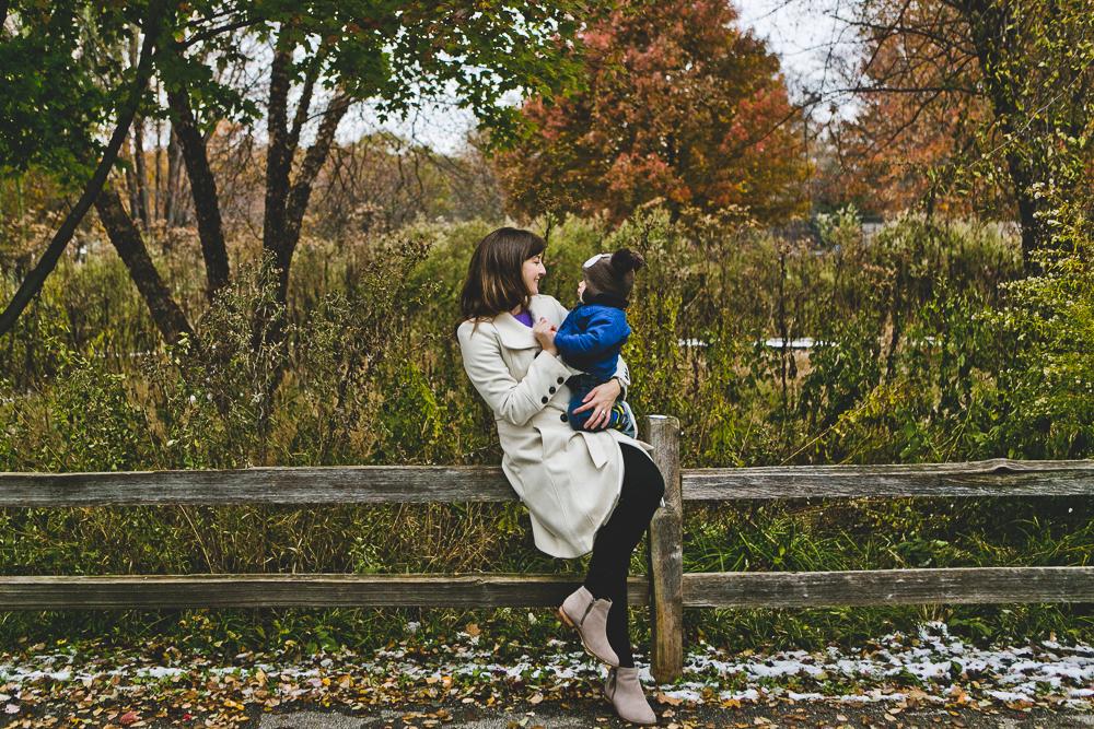 Chicago Family Photographer_winter_autumn_session_lincoln square_winnemac park_JPP Studios_t_10.JPG