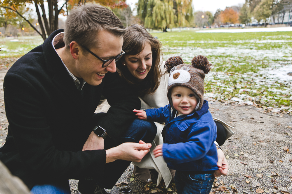 Chicago Family Photographer_winter_autumn_session_lincoln square_winnemac park_JPP Studios_t_13.JPG