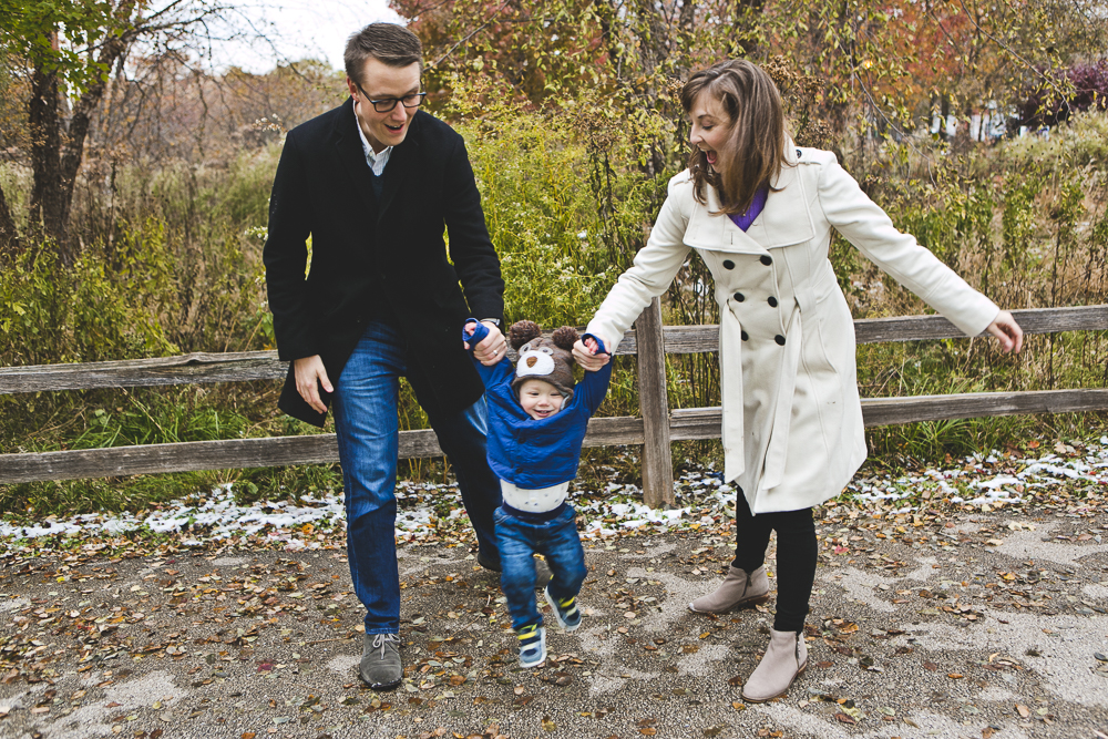 Chicago Family Photographer_winter_autumn_session_lincoln square_winnemac park_JPP Studios_t_14.JPG