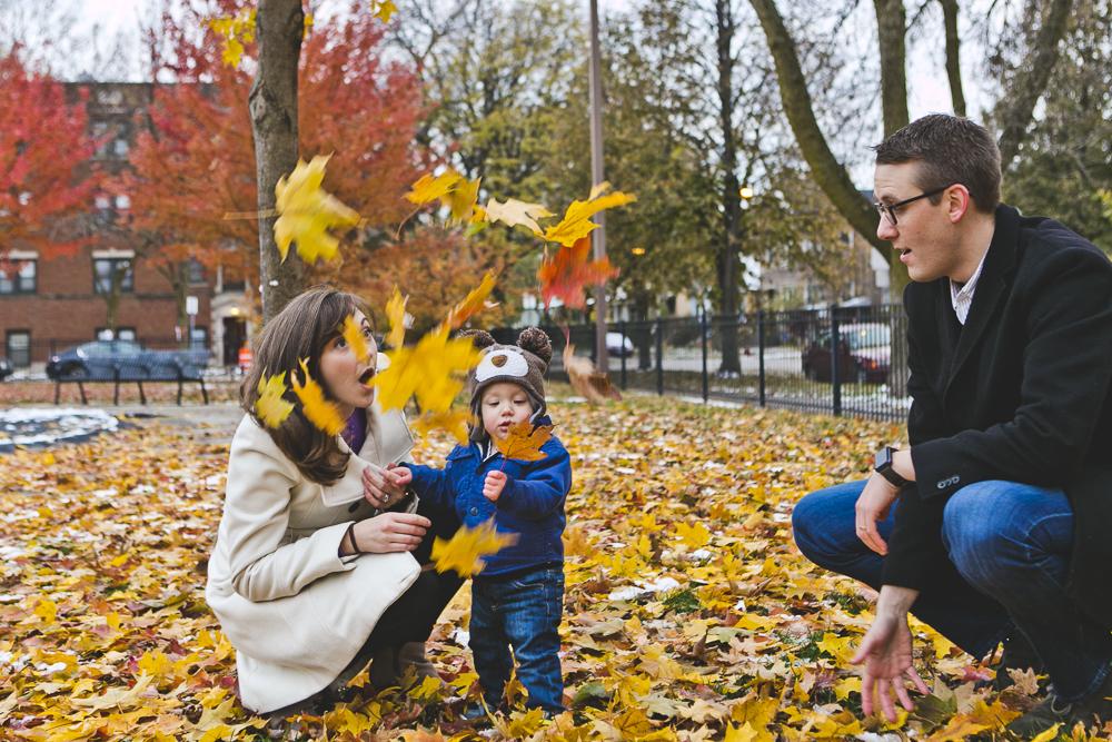Chicago Family Photographer_winter_autumn_session_lincoln square_winnemac park_JPP Studios_t_21.JPG