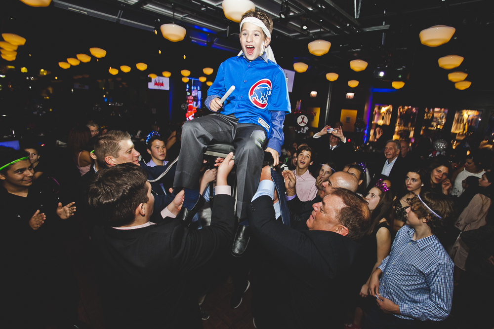 Chicago Bar Mitzvah Photographer_Temple Sholom_Chicago Sports Museum_JPP Studios_T_63.JPG