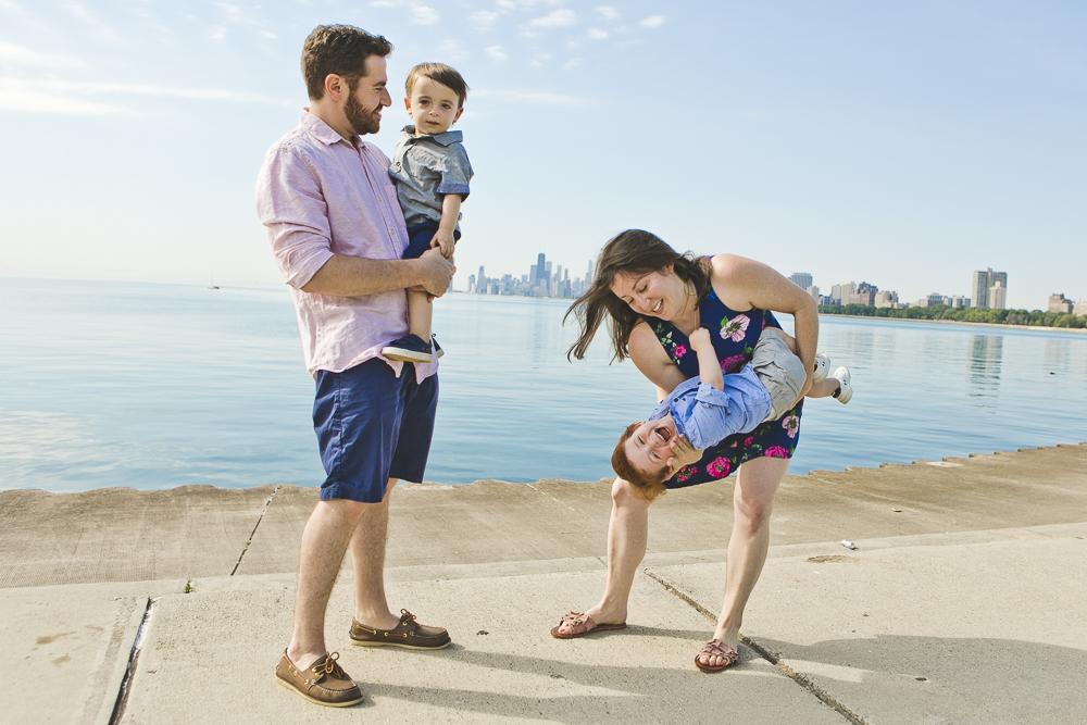 Chicago Family Photographers_Montrose Beach_JPP Studios_Tanen_04.JPG