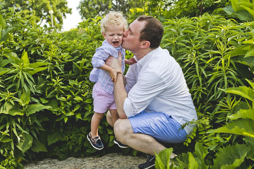 Chicago Family Photographers_Lincoln Park Zoo_South Pond_Kobe_07.JPG