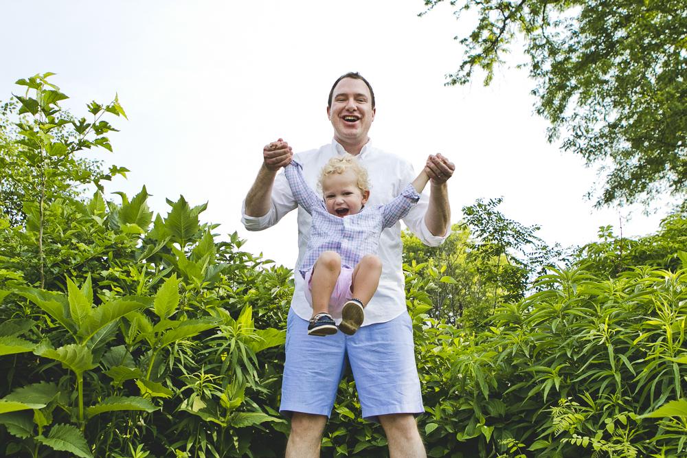 Chicago Family Photographers_Lincoln Park Zoo_South Pond_Kobe_09.JPG