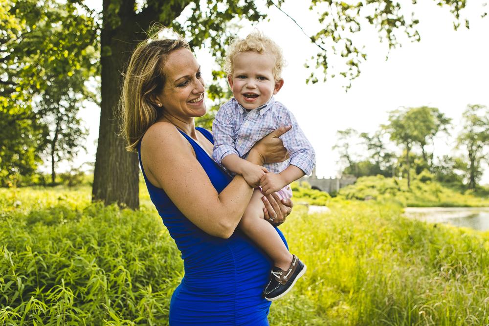 Chicago Family Photographers_Lincoln Park Zoo_South Pond_Kobe_15.JPG