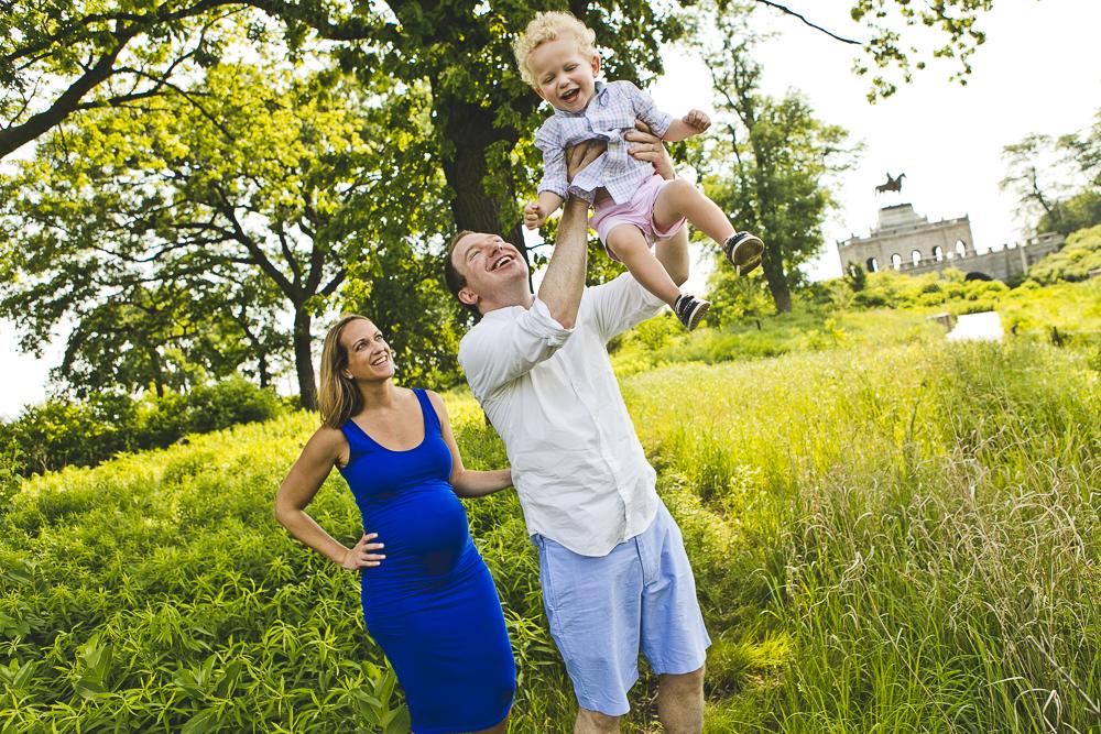 Chicago Family Photographers_Lincoln Park Zoo_South Pond_Kobe_17.JPG