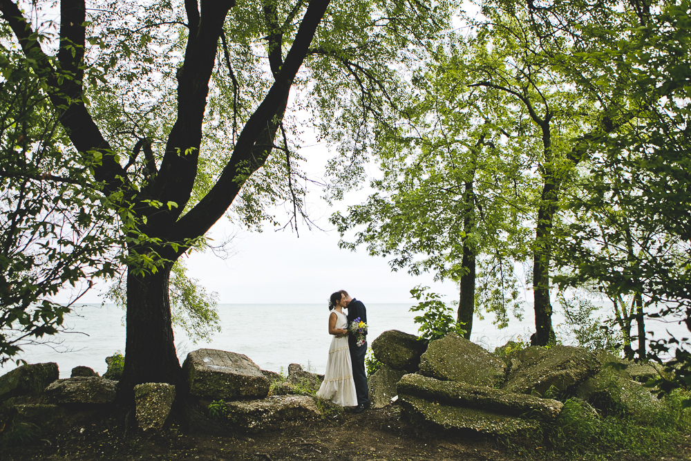 Chicago Wedding Photographers_Small and Intimate Wedding at Loyola Beach_JPP Studios_KI_37.JPG