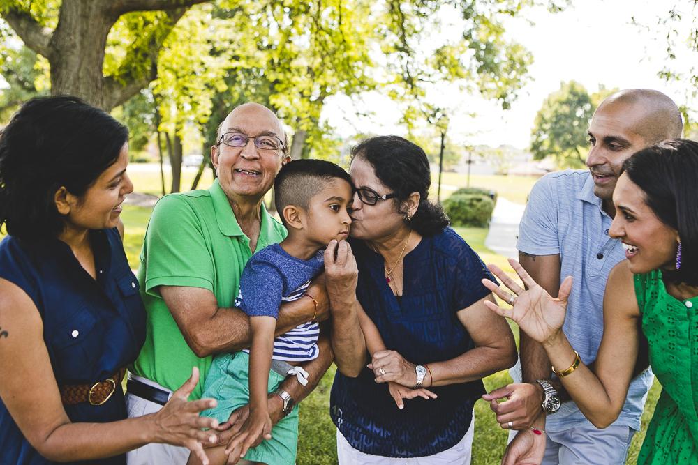 Chicago Family Photographers_Itasca_Usher Park_JPP Studios_B_03.JPG