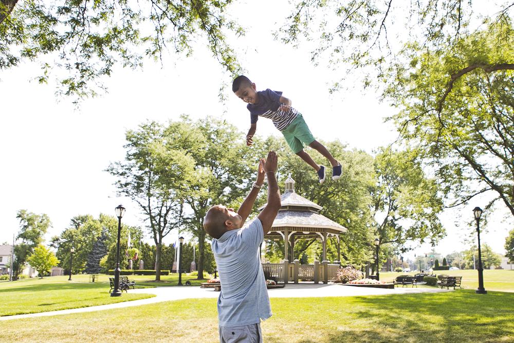 Chicago Family Photographers_Itasca_Usher Park_JPP Studios_B_08.JPG