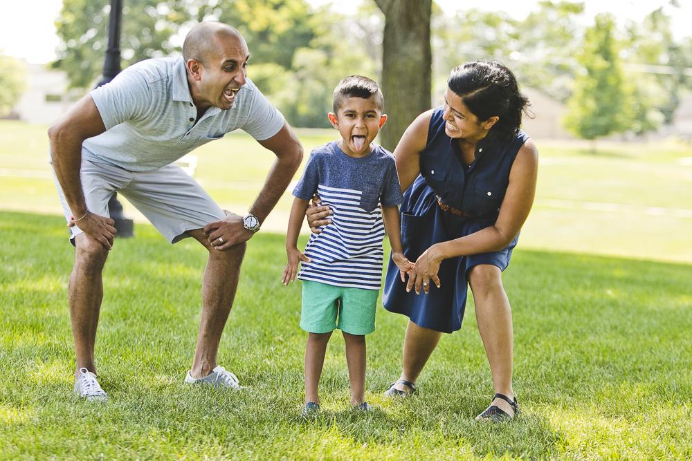 Chicago Family Photographers_Itasca_Usher Park_JPP Studios_B_18.JPG