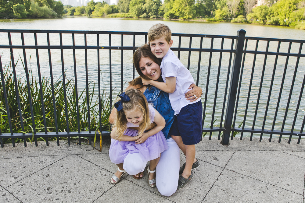 Chicago Family Photographers_Lincoln Park_North Pond_JPP Studios_B_02.JPG
