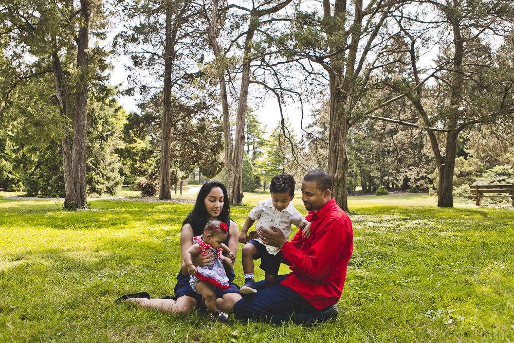 Naperville Family Photographers_Morton Arboretum_JPP Studios_P_01.JPG