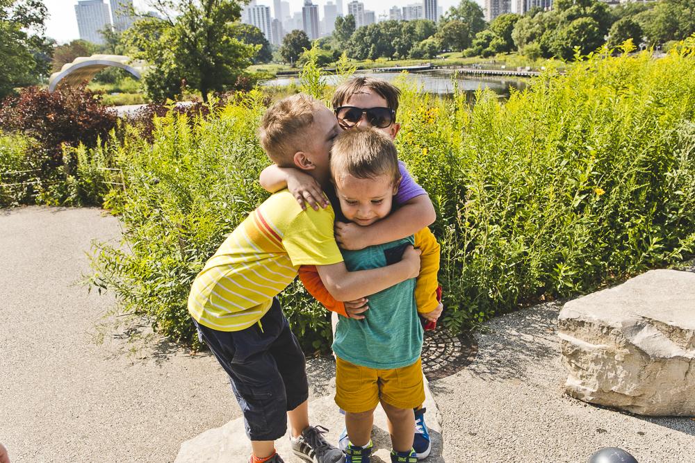 Chicago Family Photographers_Lincoln Park_South Pond_JPP Studios_V_02.JPG