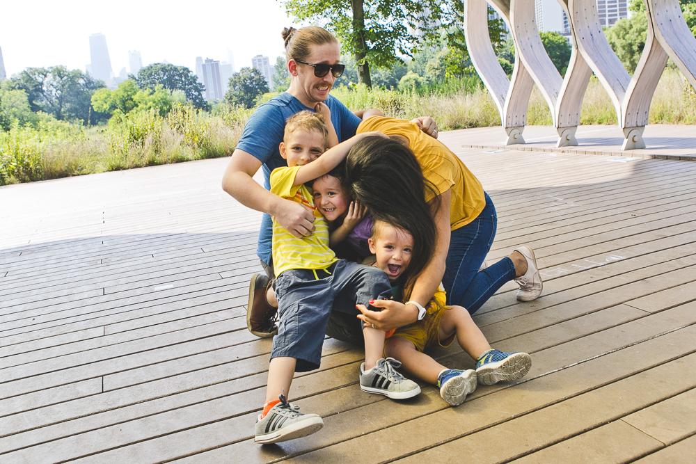 Chicago Family Photographers_Lincoln Park_South Pond_JPP Studios_V_09.JPG