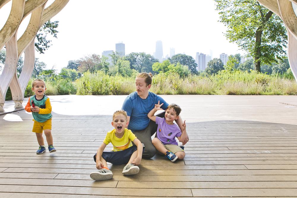 Chicago Family Photographers_Lincoln Park_South Pond_JPP Studios_V_10.JPG