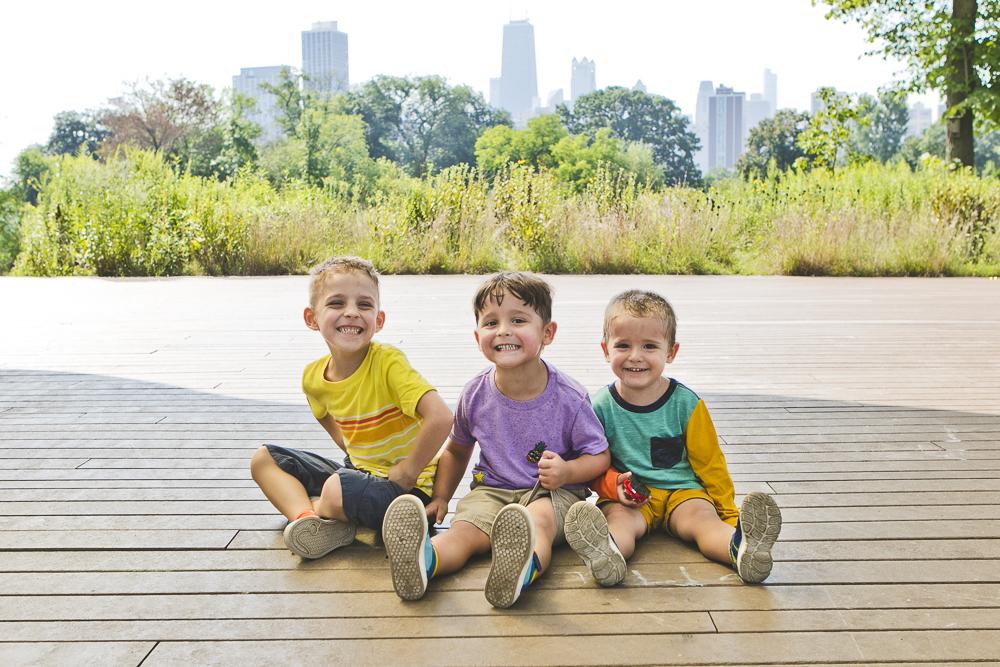 Chicago Family Photographers_Lincoln Park_South Pond_JPP Studios_V_11.JPG