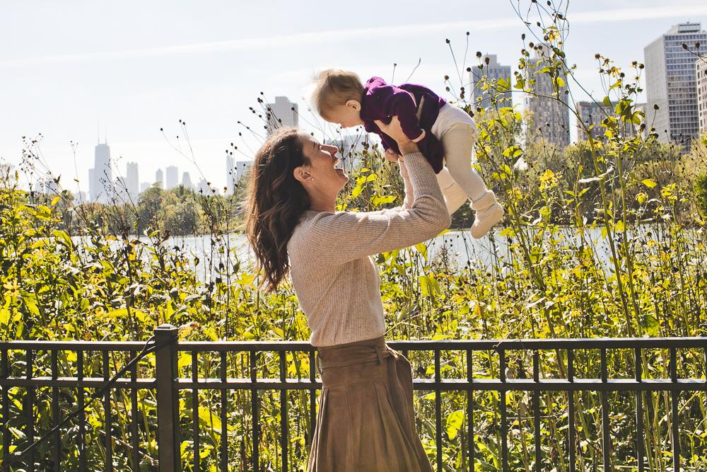 Chicago Family Photographers_Lincoln Park_North Pond_JPP Studios_G_03.JPG