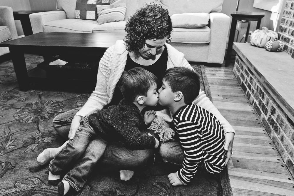 Chicago Family Photographers_Home Session_JPP Studios_S_10.JPG