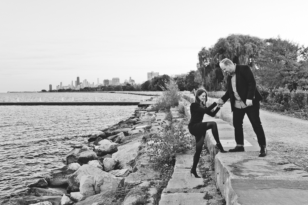 Chicago Engagement Session_Montrose_Lakefront_Uptown_21.JPG