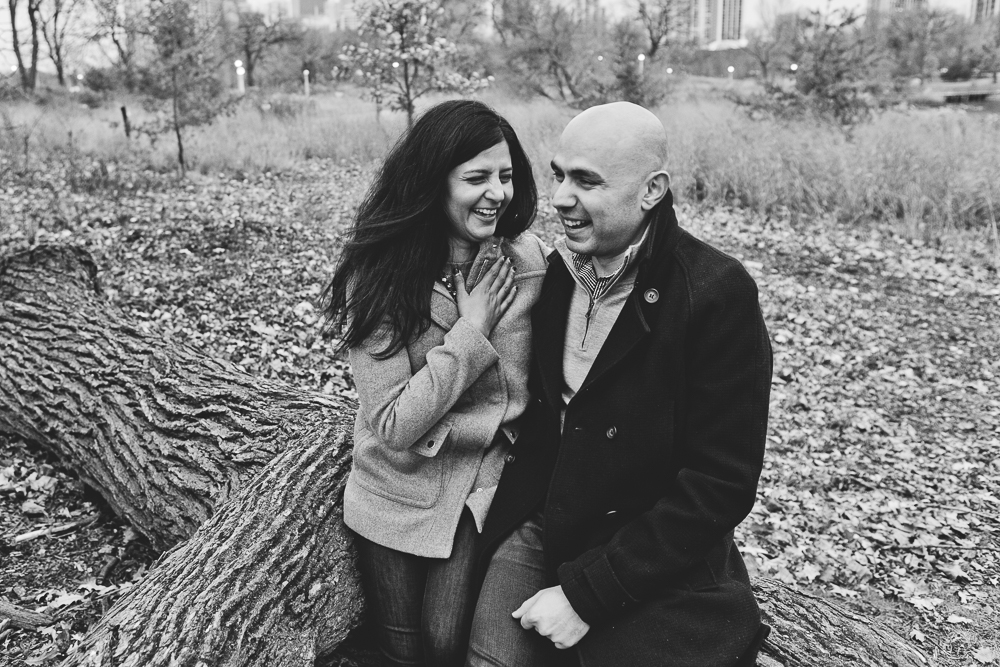Chicago Engagement Session_JPP Studios_Downtown_Riverwalk_Lincoln Park_DK_07.JPG