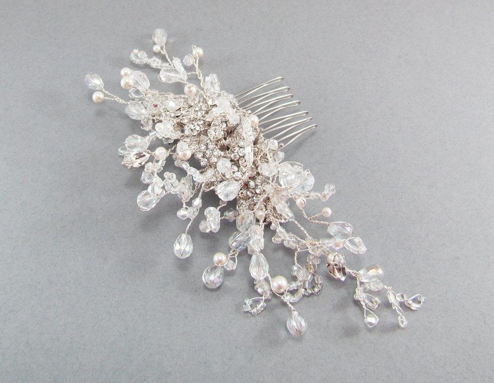 Amelia Crystal & Pearl Comb