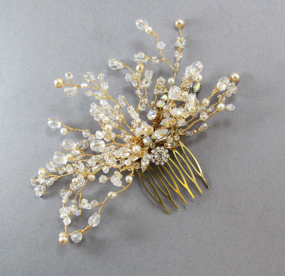 Valencia Crystal & Pearl Comb