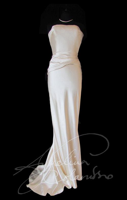 Ivory cut skirt Style Wedding Dress