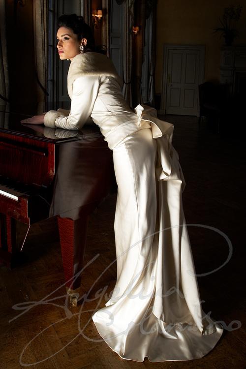 LAUREN WEDDING DRESS