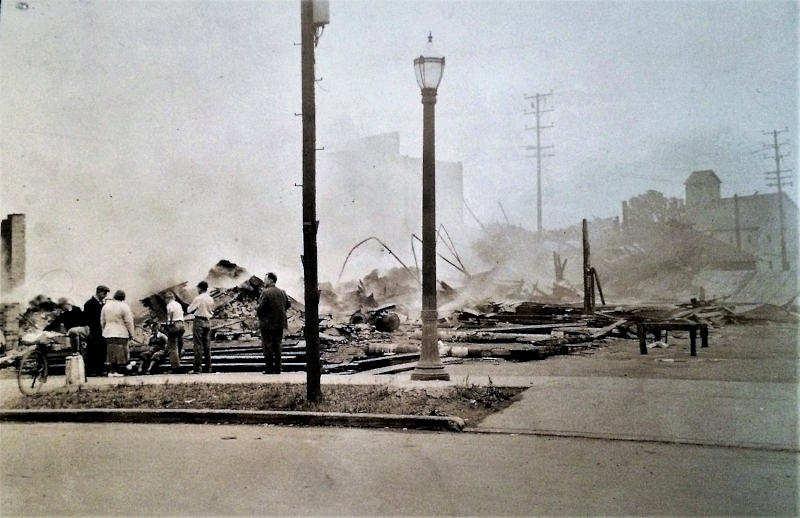 Medina Farmers Exchange fire..jpg