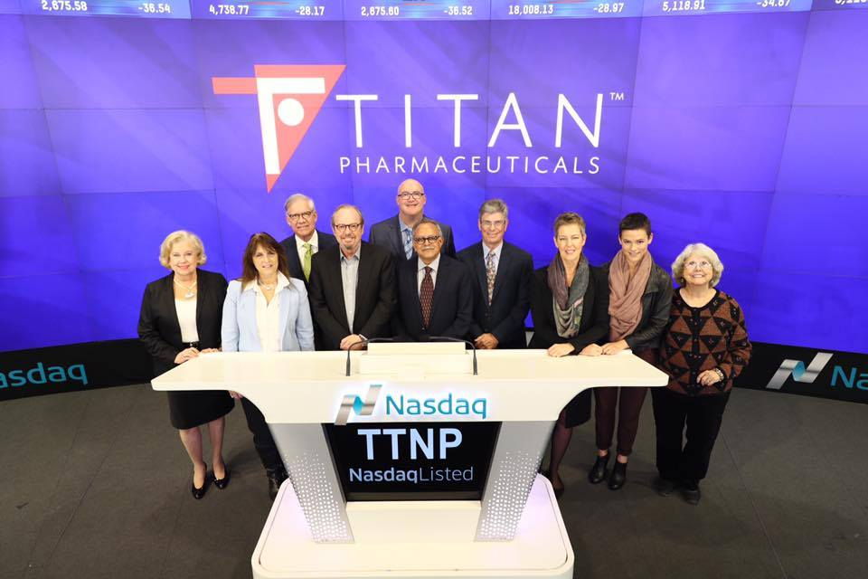 biotuesdays' stephen kilmer joins titan management, directors and guests at the bell closing ceremony