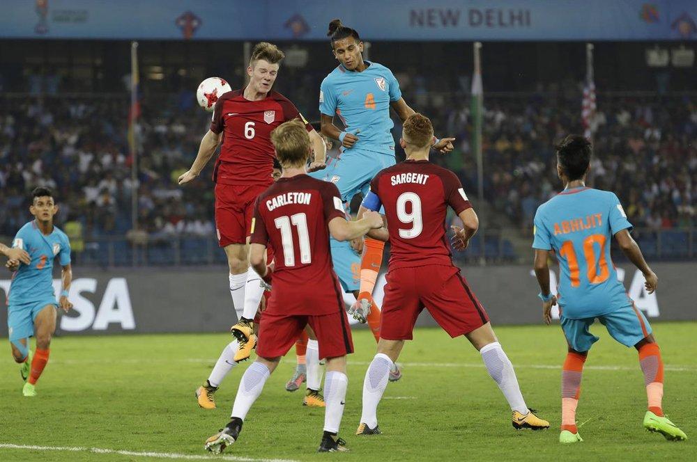 USA - Chris Durkin vs. India - GS.jpg