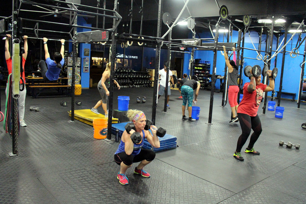 Thrusters & Toes To Bar