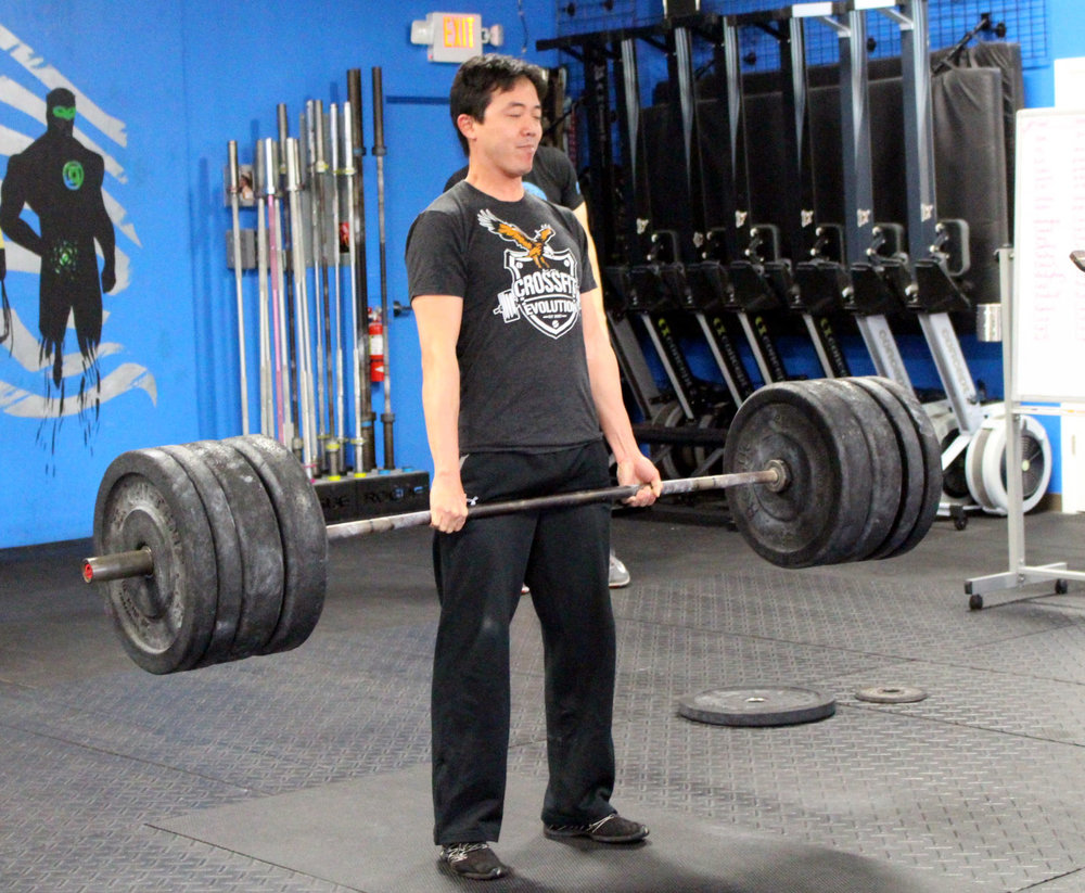 Jason deadlifting