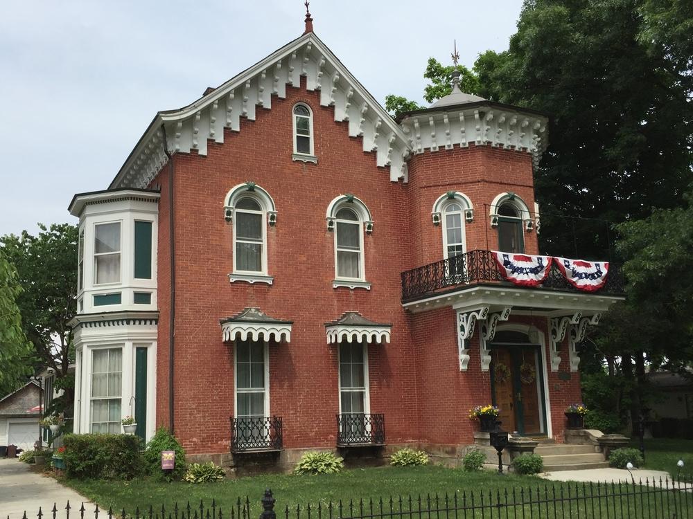 430 Dennis Street,   1856   Italian Villa Style     (1845 to 1890)