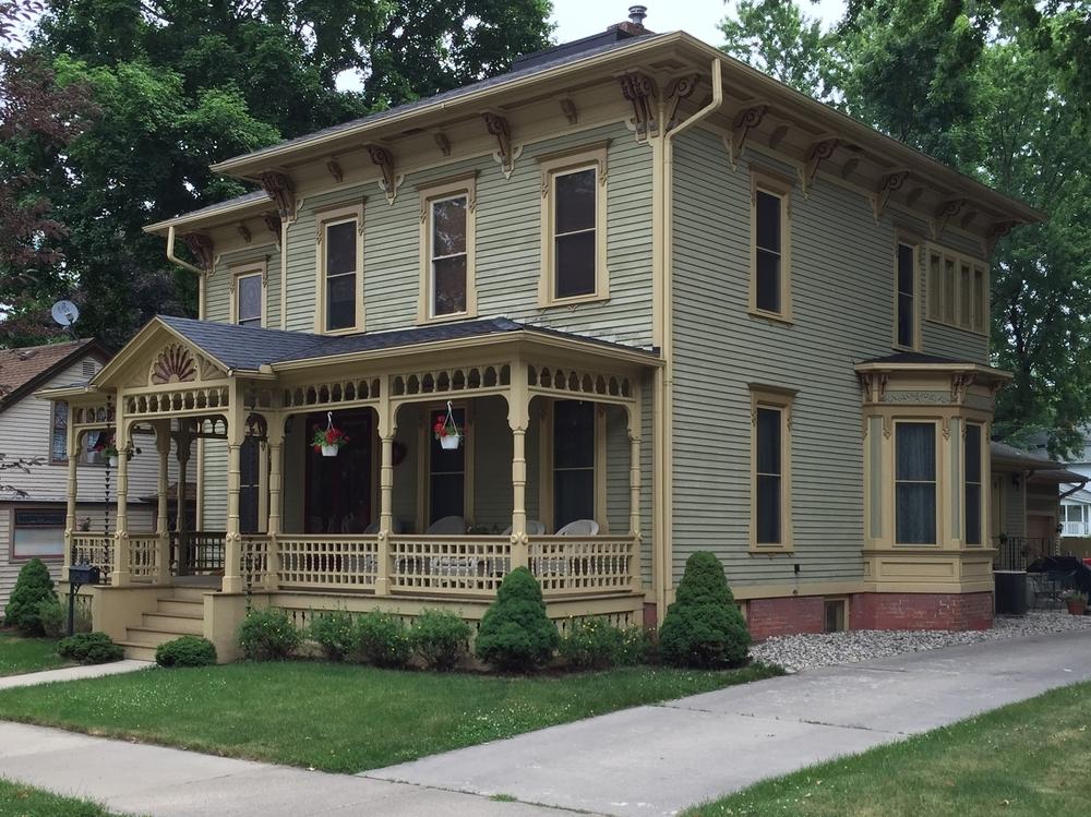 Bray-Lewis House, 409 Dennis Street, c. 1870
