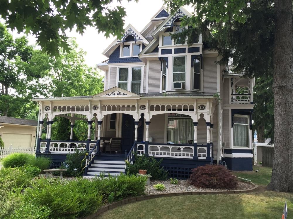 E. L. Baker House, 414 Dennis Street, 1892