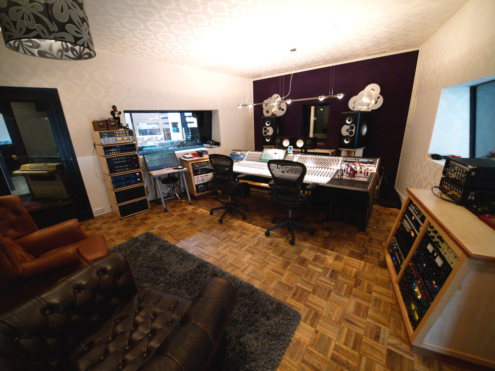 Studio - Sandlane Recording Facilities houses two control rooms, two live rooms, and a large living space. The studio has been designed to feel like a home away from home.