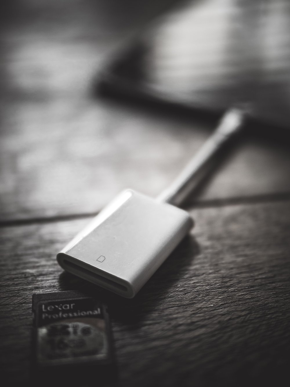 Travel Editing Photography Photos SD Card Reader Lightning Apple Lexar