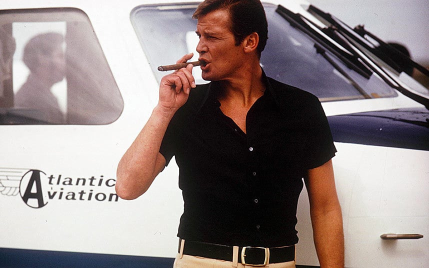 James Bond Style Icon 007 Roger Moore
