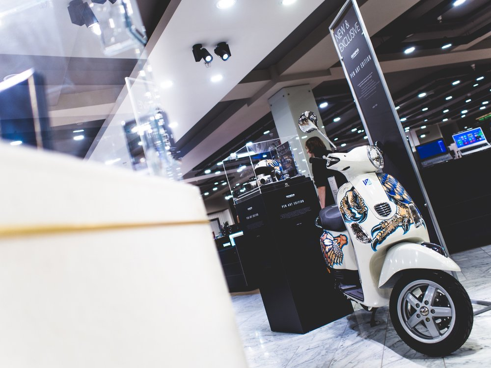 Olympus PEN Art Edition Harrods Suzko Jay McLaughlin E-P5 Vespa Scooter