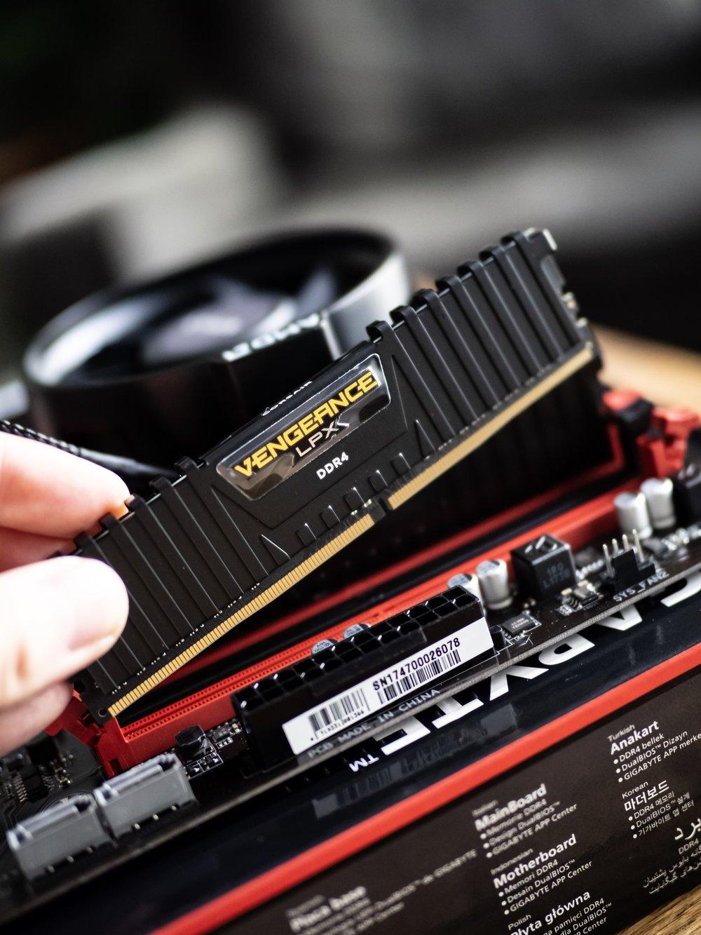 Gaming PC Build Gigabyte AB350 Motherboard Corsair Vengeance Memory RAM DDR4