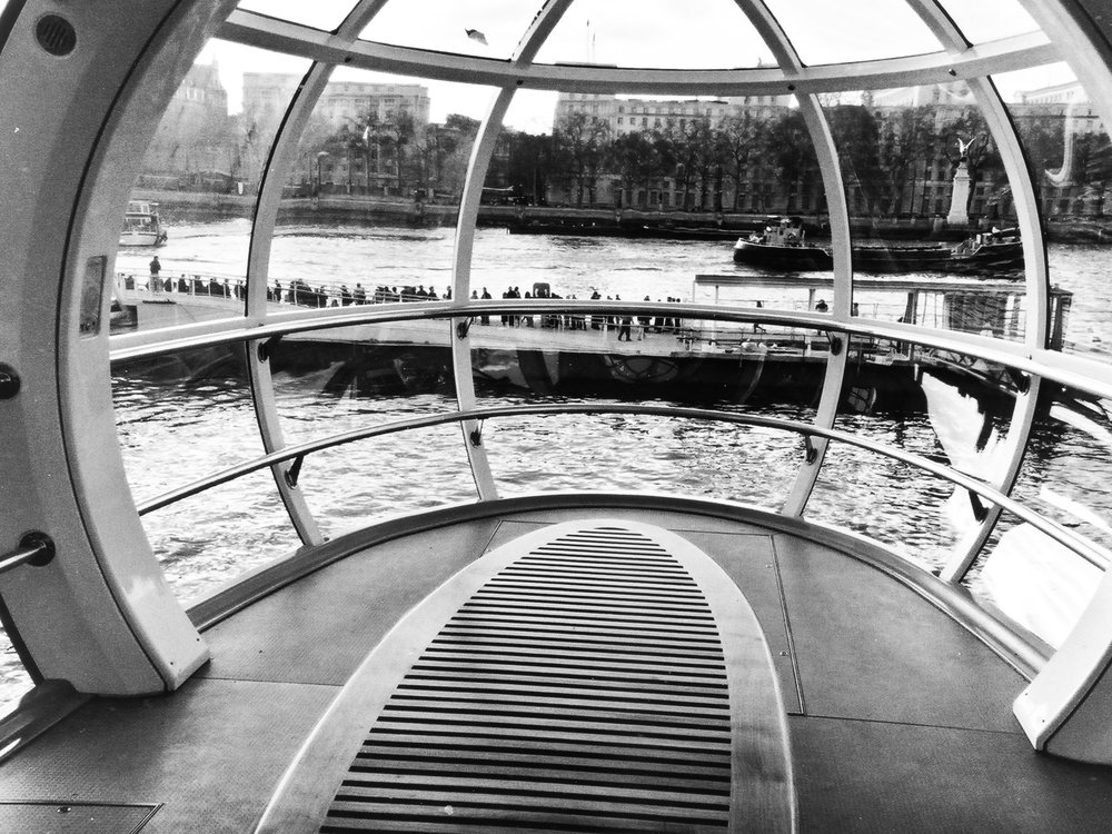 Minolta Vectis S-1 APS Advanced Photo System Advantix Film Camera Review 1996 London Eye