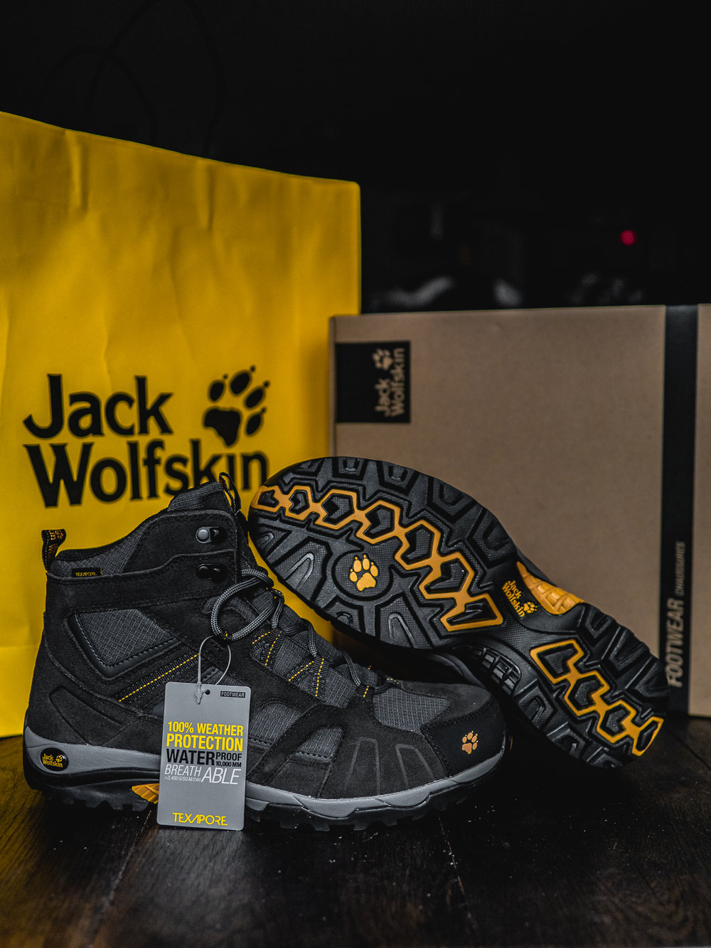 Choosing the Right Hiking Boot Trip Trekking Walking Weatherproof Breathable Trip Adventure Jack Wolfskin Vojo Hike Mid Texapore