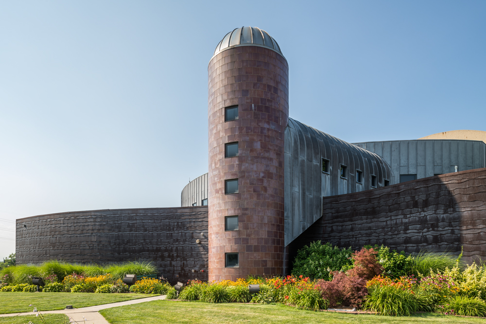 Architectural-Photographer-Serhii-Chrucky-Indiana-Welcome-Center_02.jpg